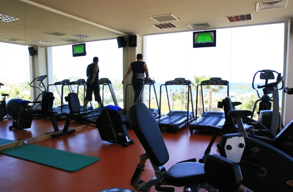 Experience Acapulco's well equipped fitness centre