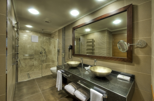 Residence Hotel bathroom